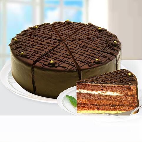 Dessert-Kaffeehaus-Torte nach