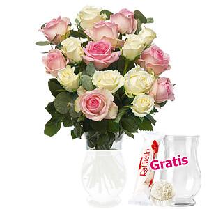 16 zarte Rosen mit <br>Eukalpytus