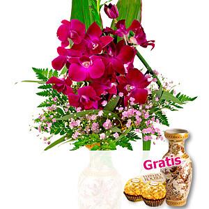 Asiatische Orchideen in <br>Ming-Vase